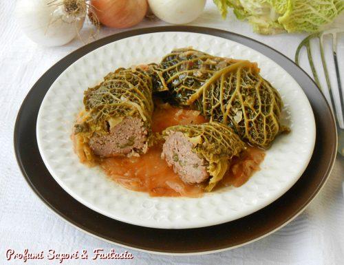 Involtini di verza con ripieno di carne e verdure