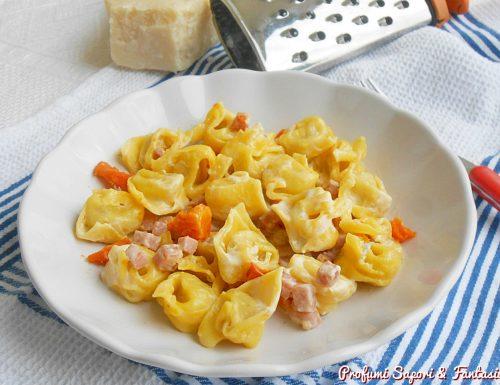 Tortellini al gorgonzola prosciutto e zucca