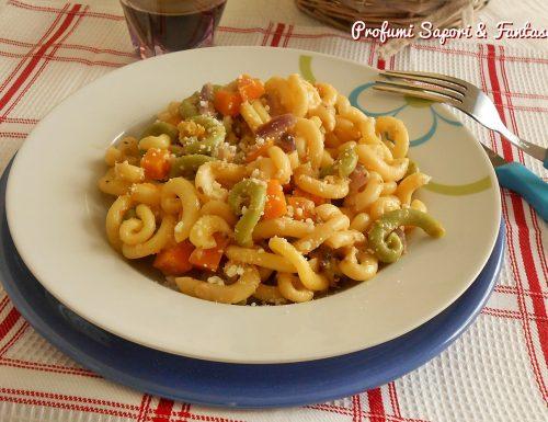 Gramigna con zucca cipolla e zucchine