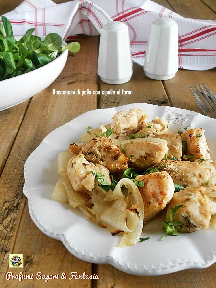 Bocconcini di pollo con cipolle al forno