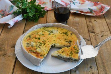 Torta salata con radicchio e zucchine