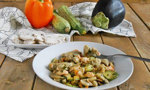 Gnocchetti di melanzane al salmone con verdure