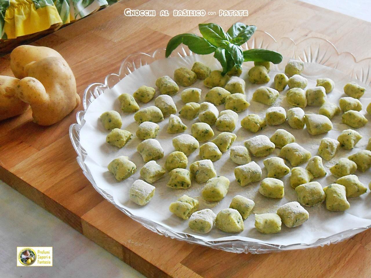Gnocchi al basilico con patate