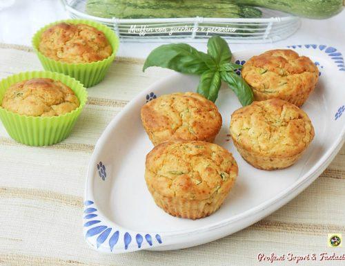 Muffin con zucchine e pecorino