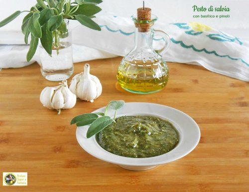 Pesto di salvia con basilico e pinoli