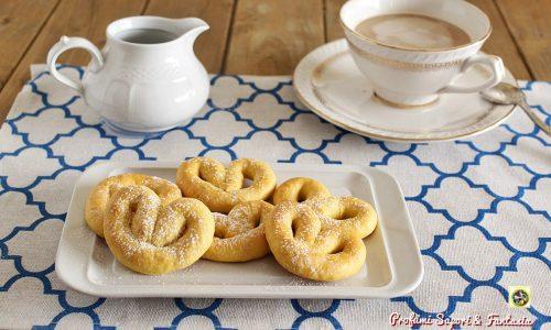 Biscotti di pasta frolla semplici e genuini