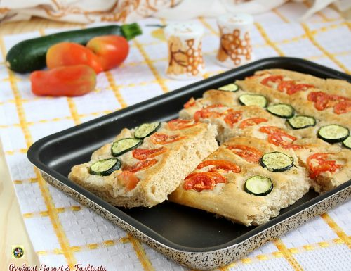 Focaccia soffice al farro con verdure