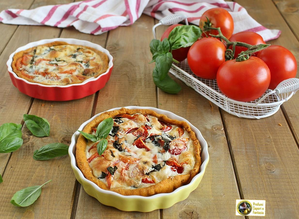 Tortini salati con pomodori e mozzarella