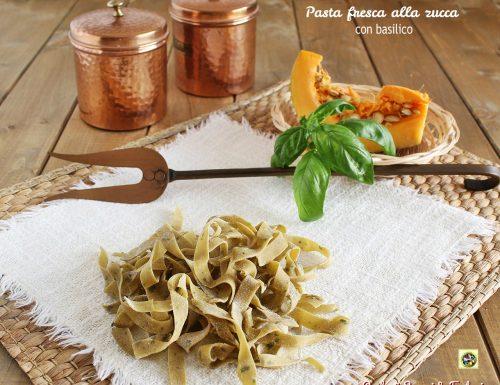 Pasta fresca alla zucca con basilico