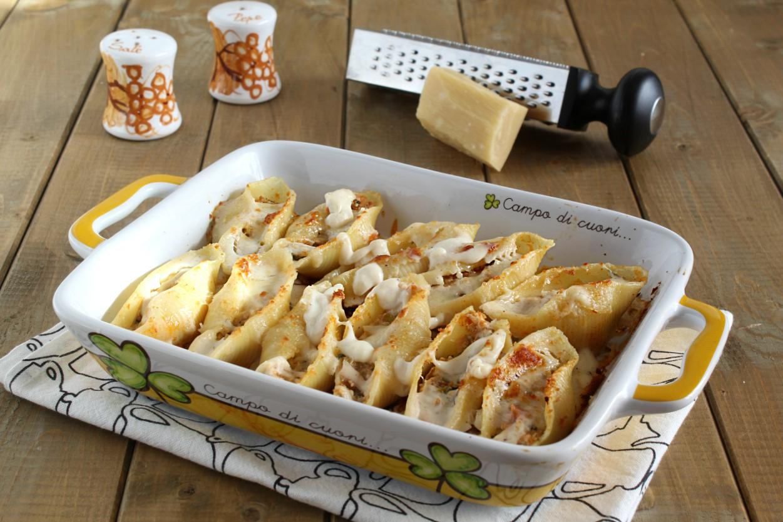 Conchiglioni gratinati con verdure e formaggi