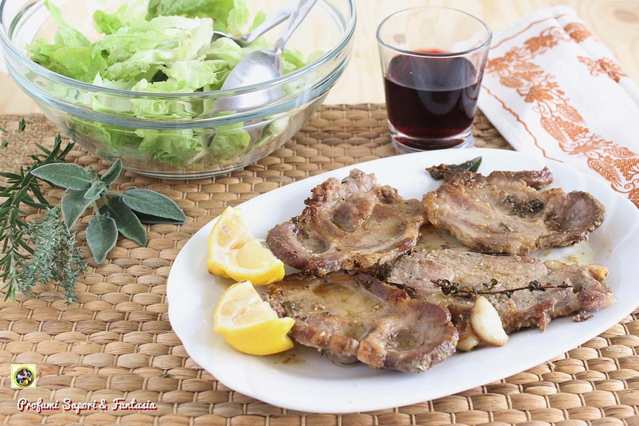 Bistecche di maiale alle erbe aromatiche