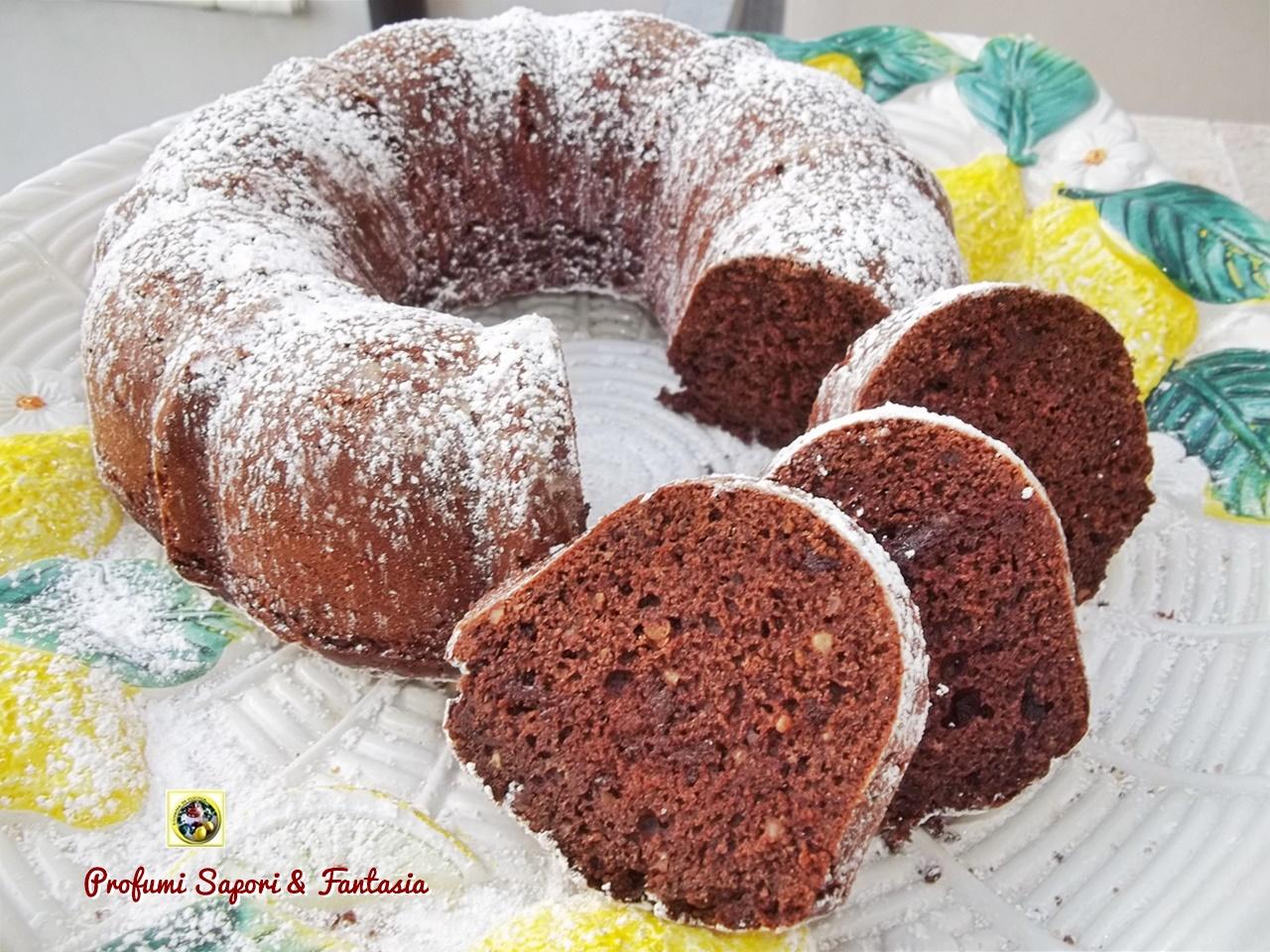 Torta al cioccolato con nocciole e amaretti