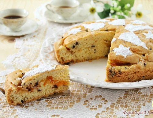 Torta con marmellata di arancia e cioccolato