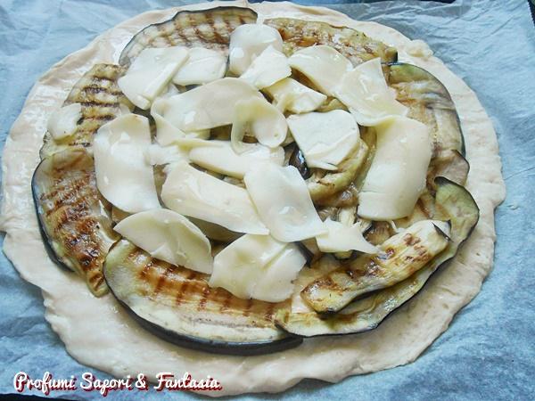 focaccia con melanzane grigliate e scamorza 1