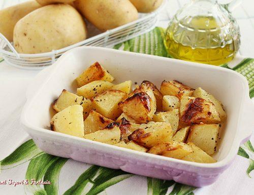 Patate arrosto al forno croccanti e saporite