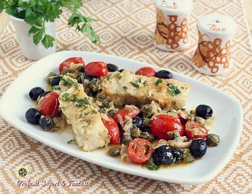 Merluzzo con pomodorini olive e capperi
