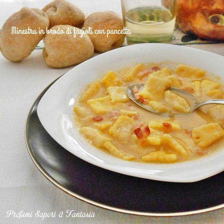 minestra in brodo di fagioli con pancetta