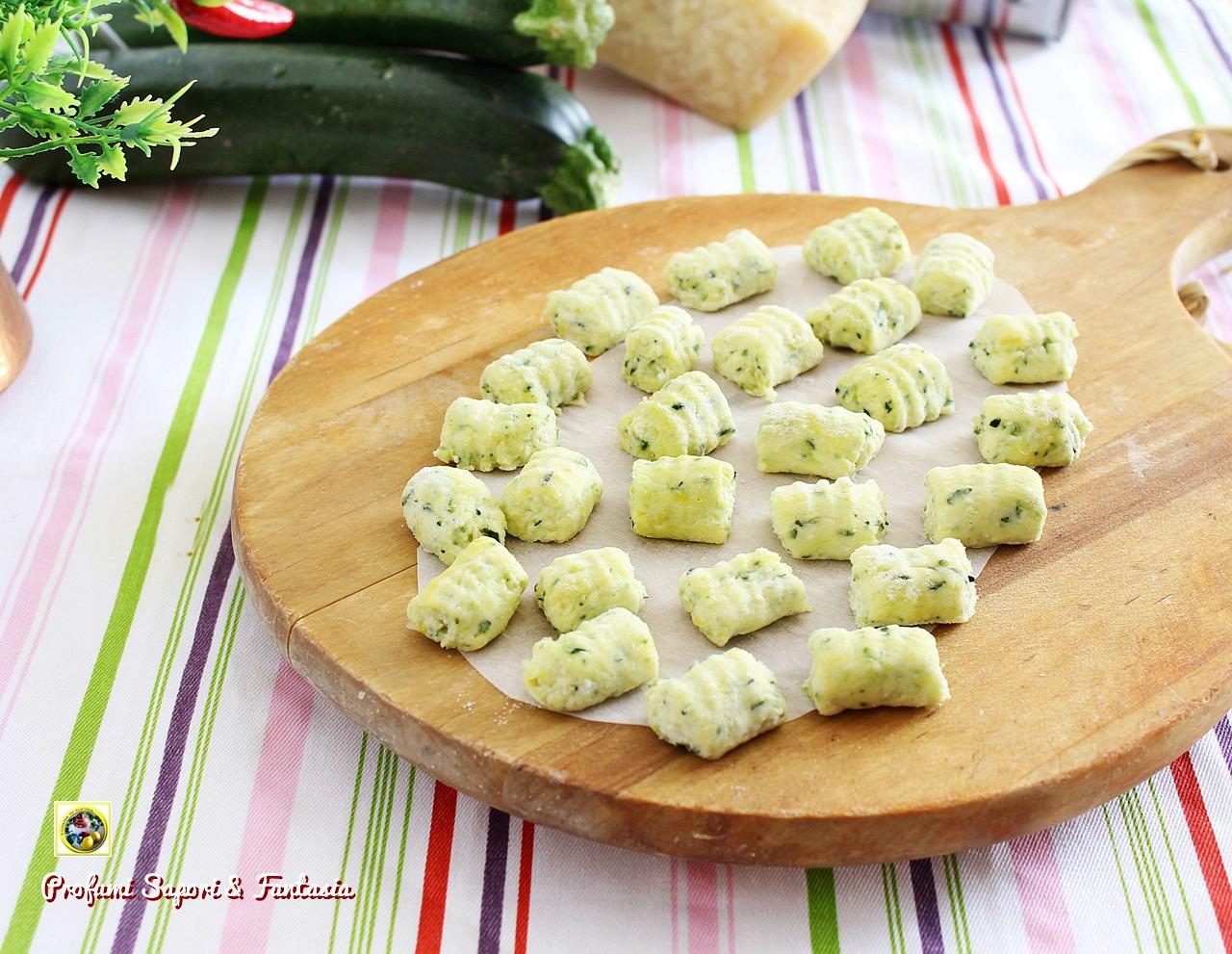 gnocchi di ricotta e zucchine a crudo