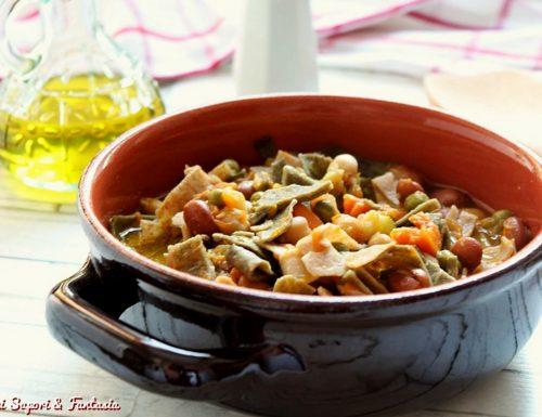 Zuppa alla contadina con pasta di farro integrale
