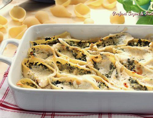 Conchiglioni con ricotta e spinaci in salsa al taleggio