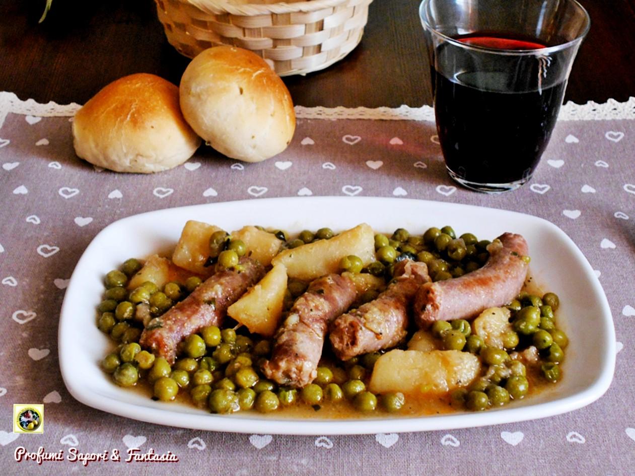 salsiccia con piselli e patate