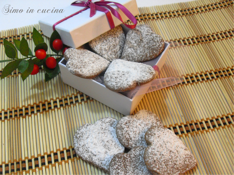 cuori di biscotti al cioccolato