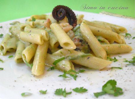 Pasta con asparagi polpo e gamberetti