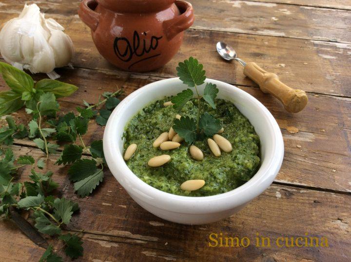 Pesto con pimpinella e basilico