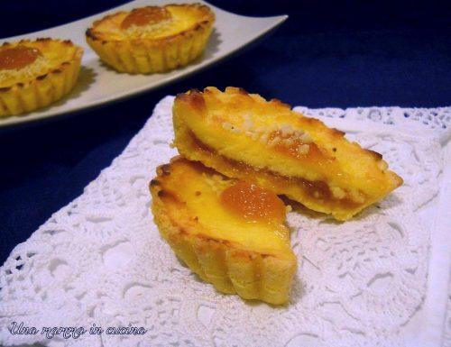 Crostatine alla composta di mele e cannella