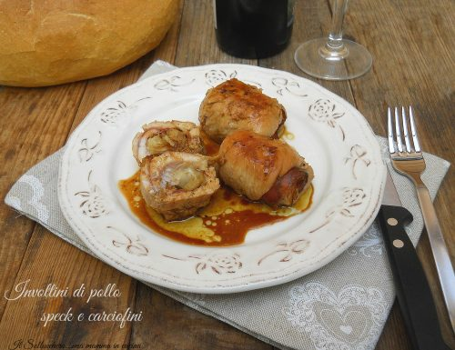 Involtini di pollo con speck e carciofini