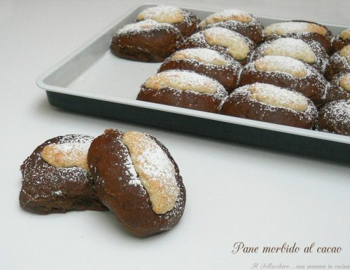 Pane morbido al cacao con uvetta e arancia