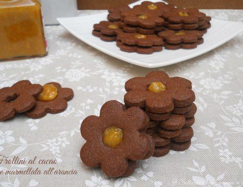 Frollini al cacao e marmellata all'arancia