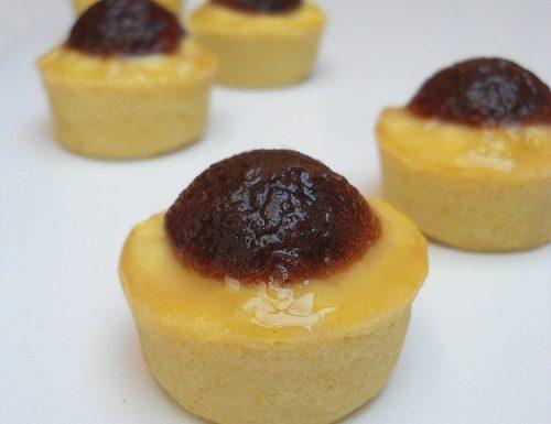 Tartellette con crema al limone e gelatina di visciole