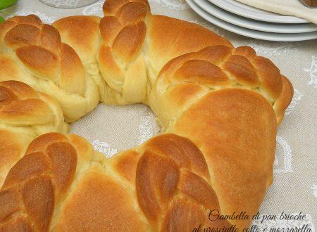 Ciambella di pan brioche al prosciutto cotto e mozzarella