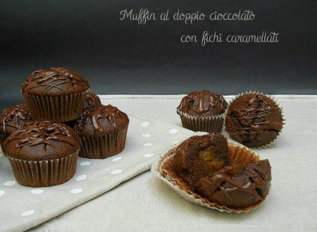 Muffin al doppio cioccolato con fichi caramellati