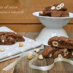 Cantucci al cacao, arancia e nocciole