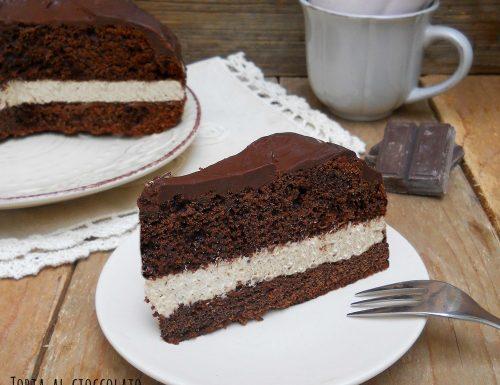Torta al cioccolato con crema mascarpone al caffè