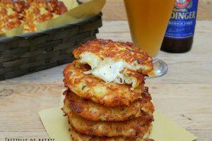Frittelle di patate e formaggio filante