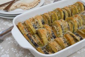 Verdure gratinate al forno con scamorza e parmigiano