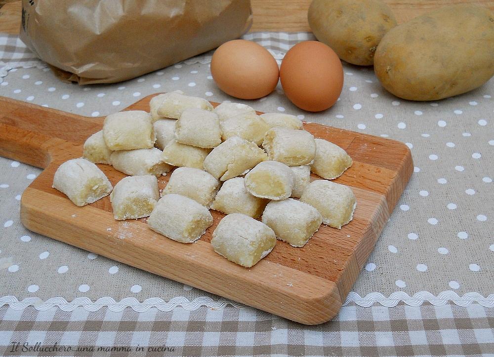 Ricetta Gnocchi Di Patate Novelle.Gnocchi Di Patate Ricetta Base Con Consigli Per Una Realizzazione Perfetta