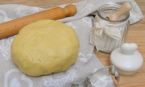 Impasto base per dolci fritti ripieni (ravioli, tortelli, tortellini, bugie)