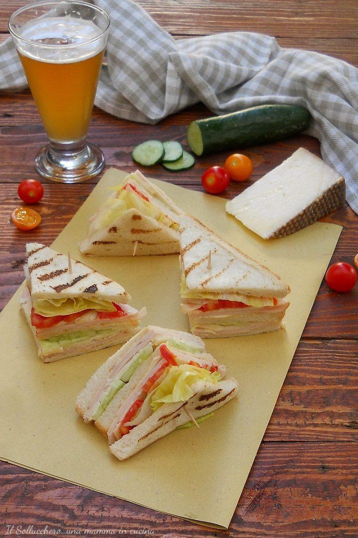 Club Sandwich con Tacchino e Formaggio Gran Mugello