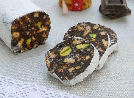Salame di cioccolato ai pistacchi senza uova e burro