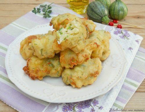 Bombette di zucchine e mozzarella, senza lievitazione