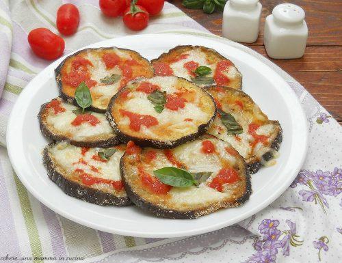 Melanzane gratinate con pomodoro e mozzarella