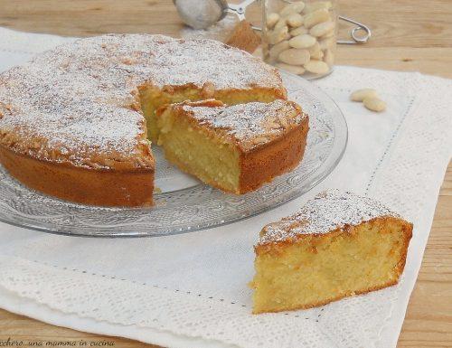 Torta di mandorle senza farina e lievito (namandier)