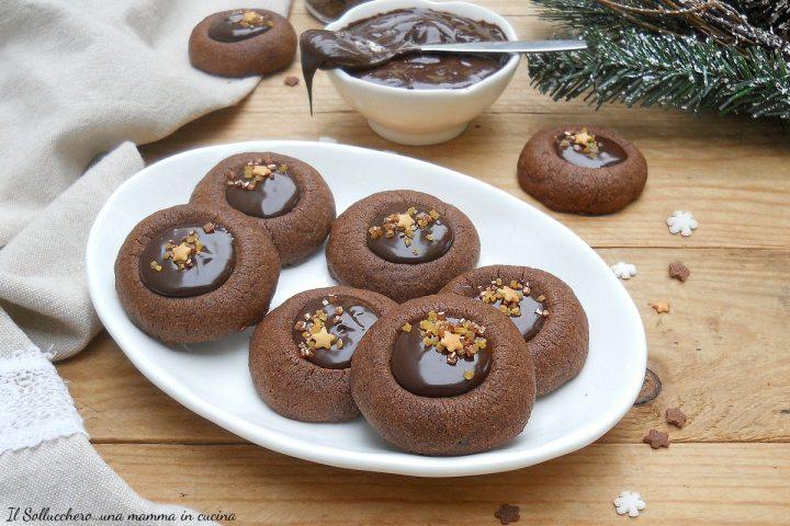 biscotti al cacao con ganache al caffè
