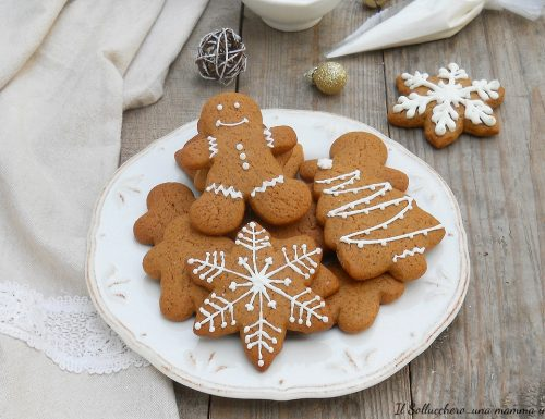 Biscotti di pan di zenzero (Gingerbread cookies)