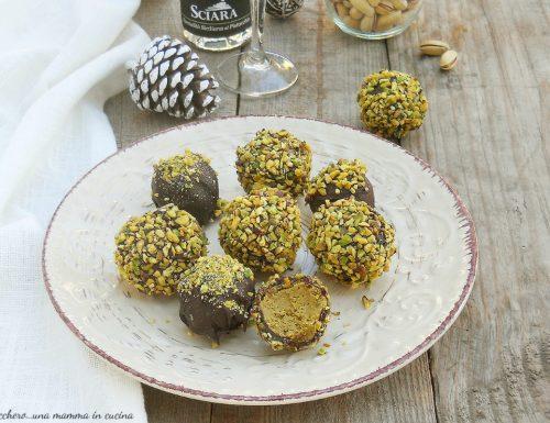Tartufini al pistacchio e cioccolato