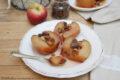 Mele cotte al forno con uvetta, pinoli e cannella